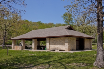 Lake of the Woods shelter